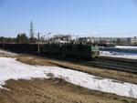 ВЛ80с с грузовым поездом